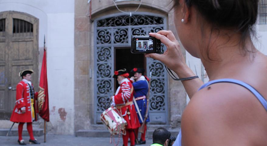 TEATRE_BARCELONA-sang_fetge-flash_mob-neus_riba-REVISTA_1