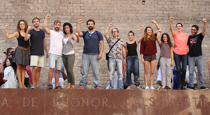 TEATRE_BARCELONA-sang_fetge-flash_mob-neus_riba-REVISTA_17