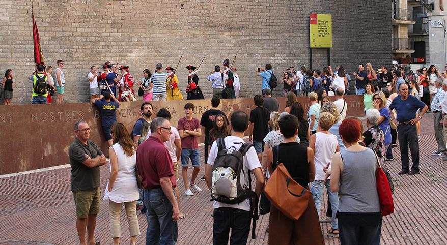 TEATRE_BARCELONA-sang_fetge-flash_mob-neus_riba-REVISTA_3