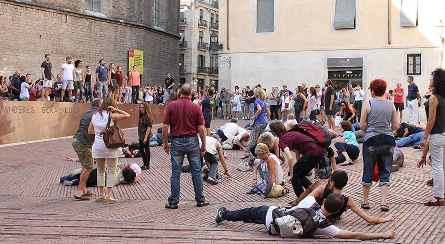 TEATRE_BARCELONA-sang_fetge-flash_mob-neus_riba-REVISTA_8