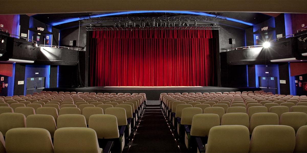 Teatre apolo informaci i entrades teatre barcelona for Cartellera teatre barcelona