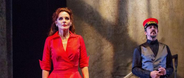 Finalizada: Entradas a 15€ pra '24 hores a la vida d'una dona' en el Teatro Condal