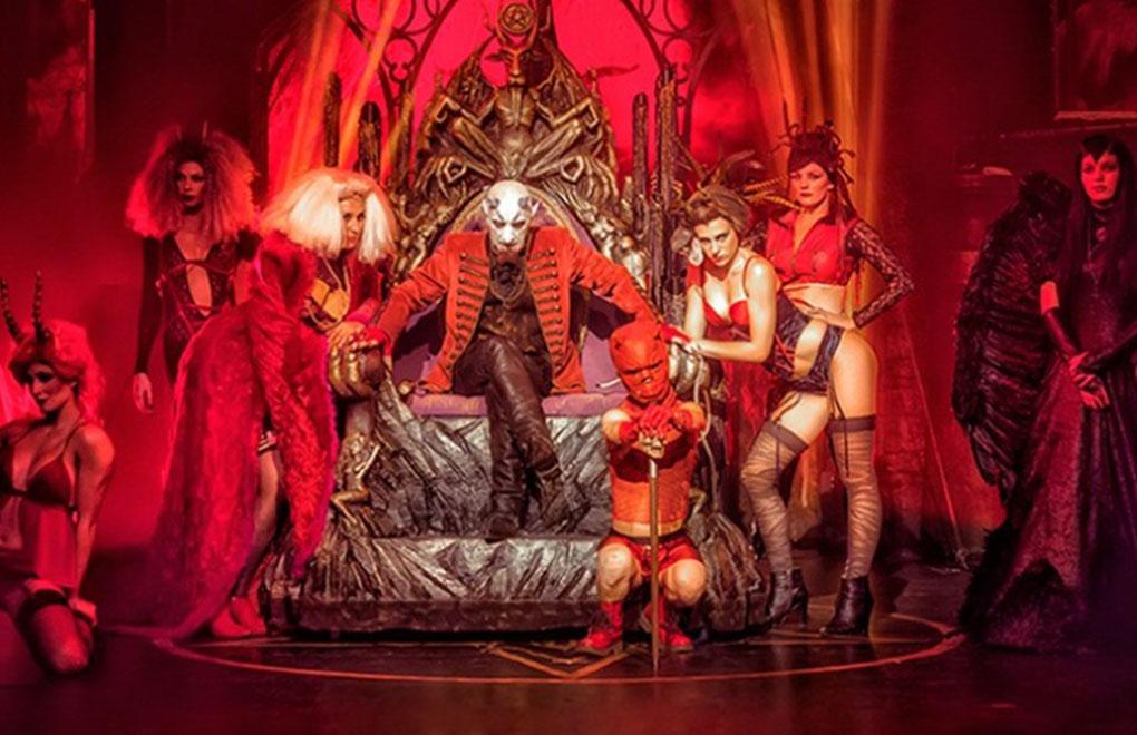 Circo de los Horrores: Cabaret Maldito