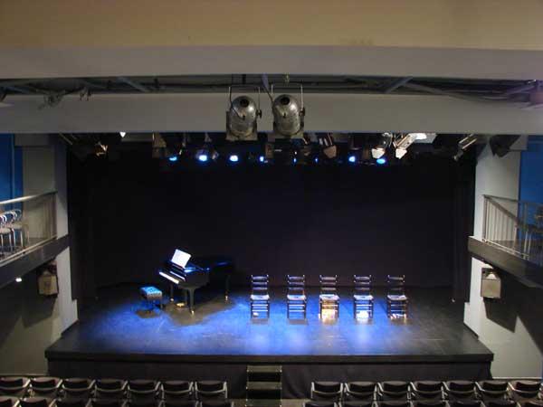 Sala muntaner informaci n y entradas teatro barcelona for Sala muntaner barcelona