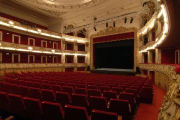 Teatre t voli informaci i entrades teatre barcelona for Cartellera teatre barcelona